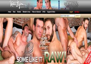 My favorite hd xxx site where I can watch beautiful men having sex