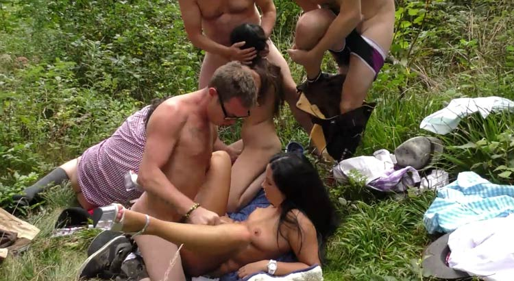 My favorite pay sex site for outdoor porn orgy content